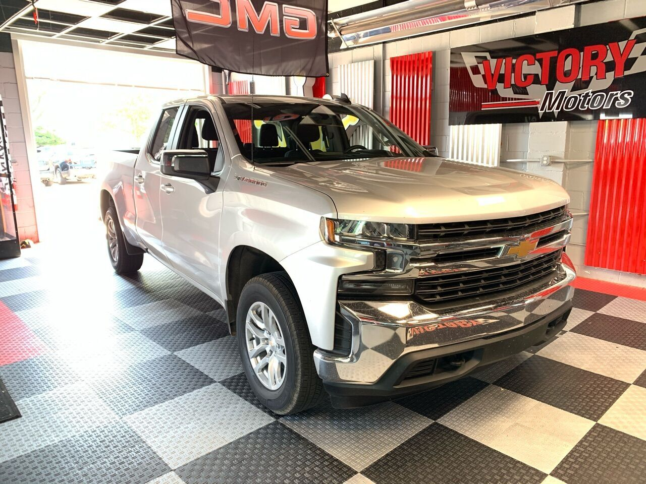 2020 Chevrolet Silverado 1500 LT 4x4 4dr Double Cab 6.6 ft. SB Royal Oak MI