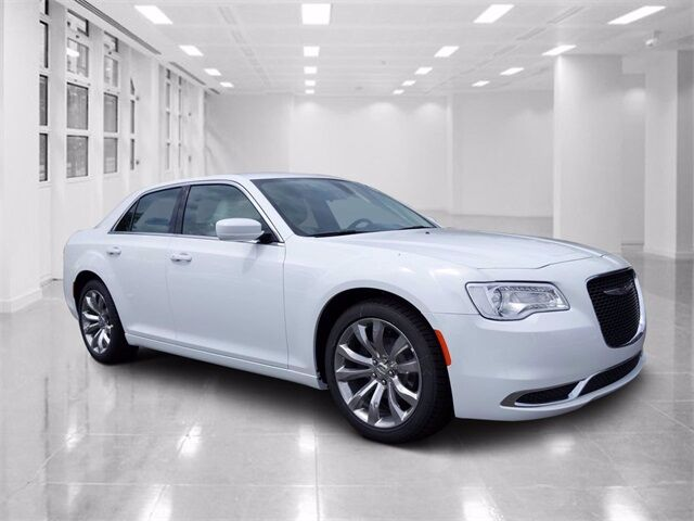 2020 Chrysler 300 TOURING L Winter Haven FL
