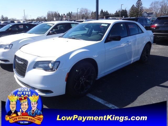 2020 Chrysler 300 TOURING Monroe MI