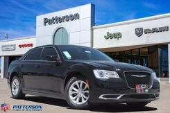 2020_Chrysler_300_Touring_ Wichita Falls TX