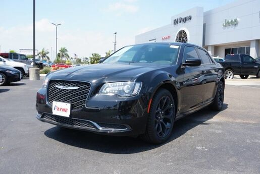 2020 Chrysler 300 Touring Weslaco TX