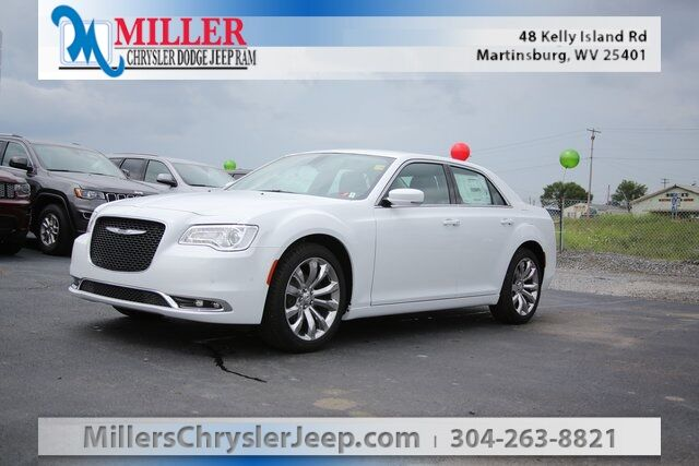 2020 Chrysler 300 Touring Martinsburg
