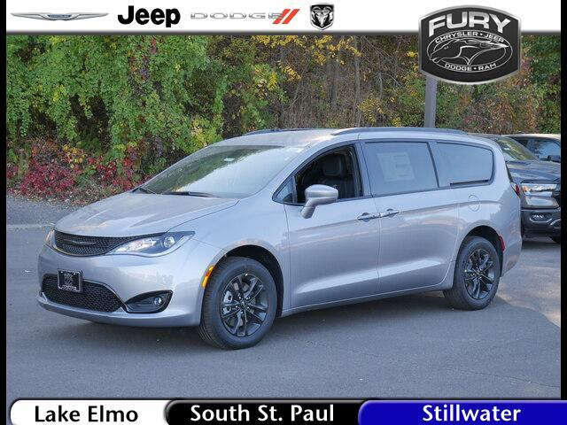 2020 Chrysler PACIFICA Launch Edition AWD St. Paul MN