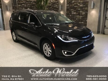 2020 Chrysler PACIFICA TOURING-L  Hays KS