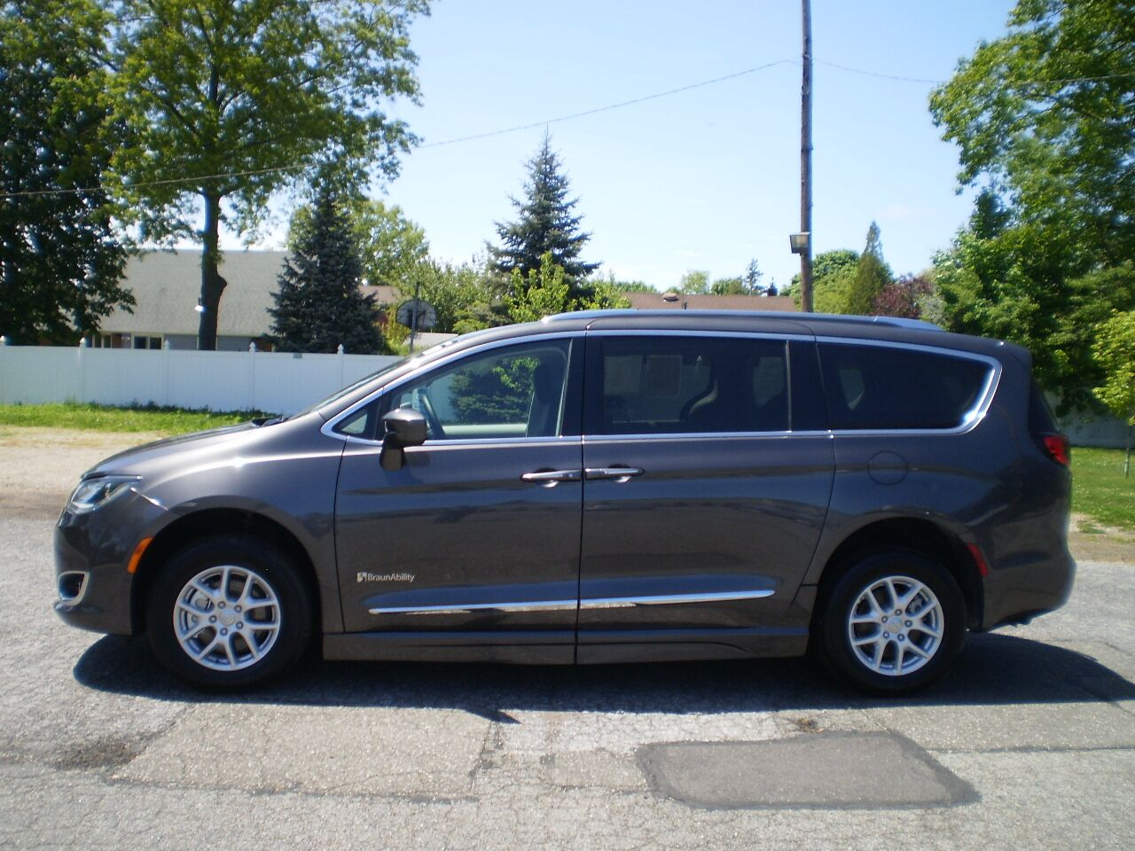 2020 Chrysler Pacifica E2 Bethpage NY