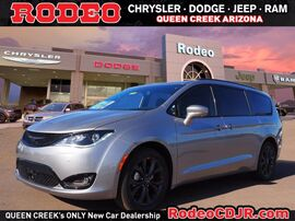 2020_Chrysler_Pacifica_35TH ANNIVERSARY LIMITED_ Phoenix AZ