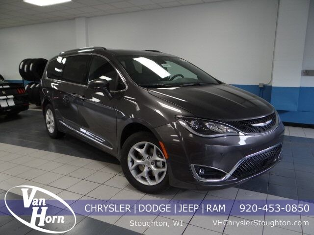 2020 Chrysler Pacifica 35TH ANNIVERSARY TOURING L Milwaukee WI