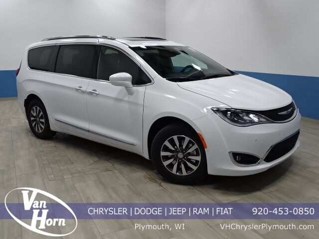 2020 Chrysler Pacifica 35TH ANNIVERSARY TOURING L PLUS Plymouth WI