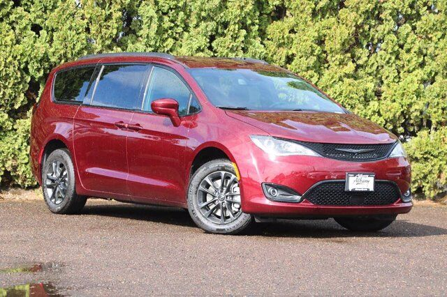2020 Chrysler Pacifica AWD LAUNCH EDITION Albany OR