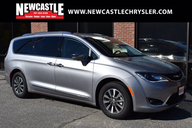 2020 Chrysler Pacifica Hybrid LIMITED Newcastle ME