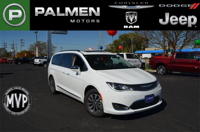 2020 Chrysler Pacifica Hybrid Limited Racine WI