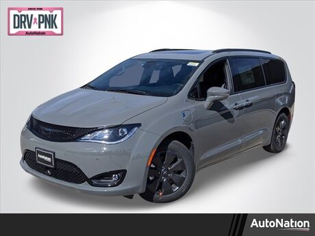 2020 Chrysler Pacifica Hybrid Limited Littleton CO