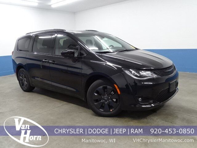2020 Chrysler Pacifica Hybrid TOURING L Manitowoc WI
