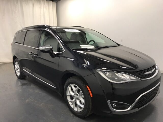 2020 Chrysler Pacifica LIMITED Holland MI