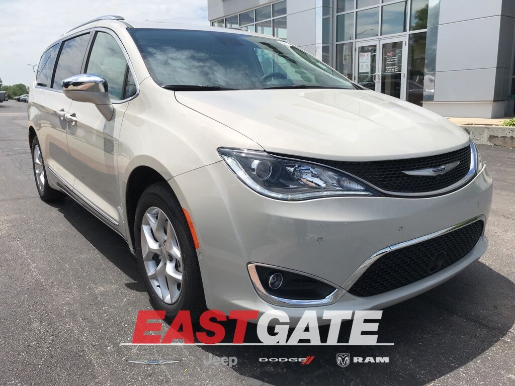 2020 Chrysler Pacifica LIMITED Indianapolis IN