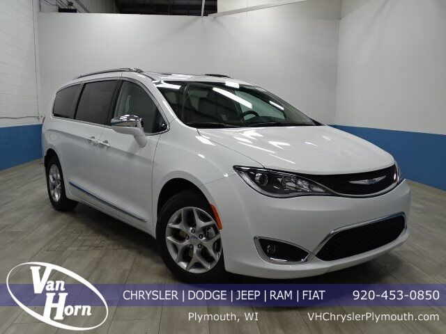 2020 Chrysler Pacifica LIMITED Plymouth WI