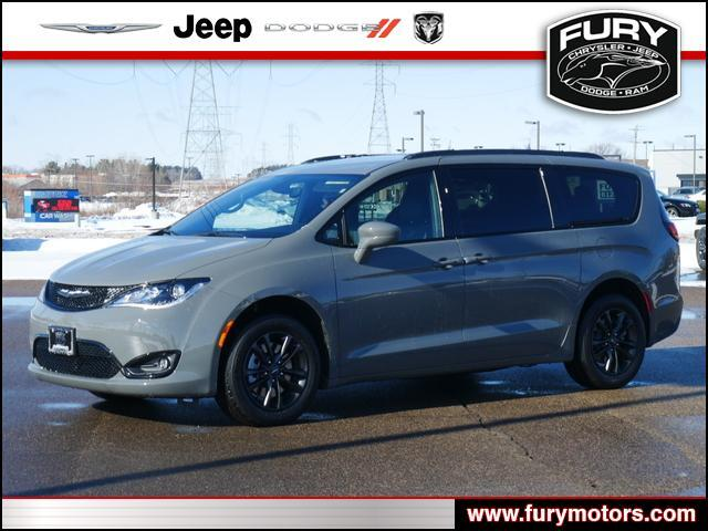 2020 Chrysler Pacifica Launch Edition AWD Oak Park Heights MN