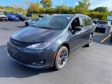 2020_Chrysler_Pacifica_Launch Edition_ Milwaukee and Slinger WI