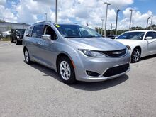 2020_Chrysler_Pacifica_Limited_  FL