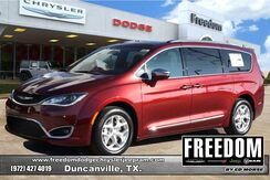2020_Chrysler_Pacifica_Limited_ Delray Beach FL