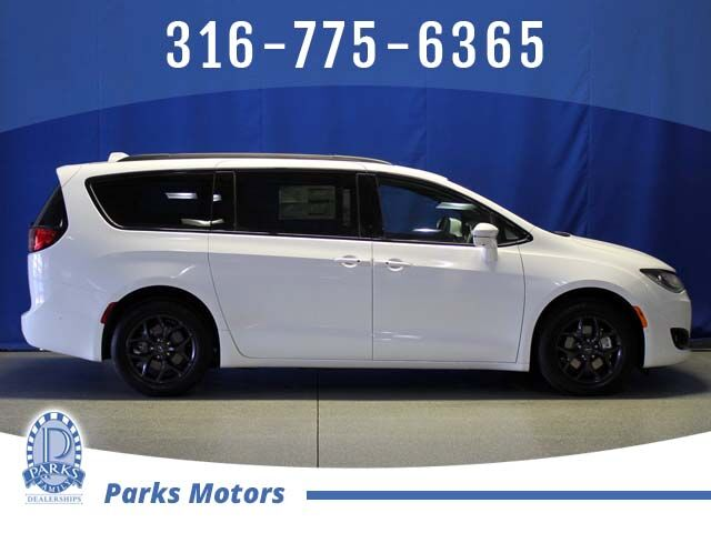 2020 Chrysler Pacifica Limited Wichita KS