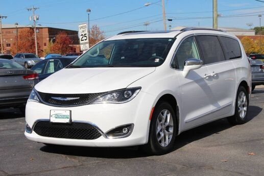 2020 Chrysler Pacifica Limited Fort Wayne Auburn and Kendallville IN