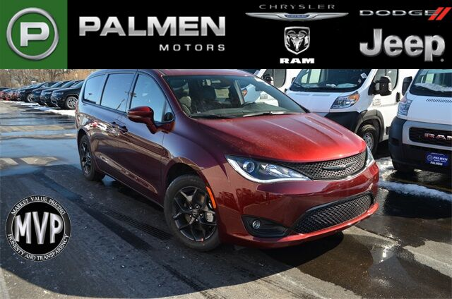 2020 Chrysler Pacifica Limited Kenosha WI