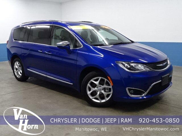 2020 Chrysler Pacifica Limited Milwaukee WI