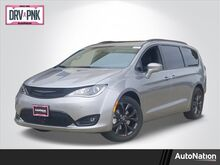 2020_Chrysler_Pacifica_Limited_ Roseville CA