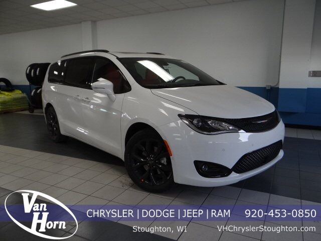 2020 Chrysler Pacifica RED S EDITION Stoughton WI