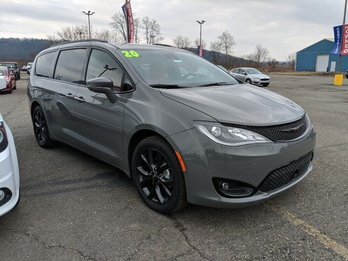 2020 Chrysler Pacifica Red S Owego NY
