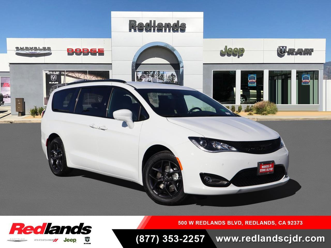 2020 Chrysler Pacifica TOURING L Redlands CA