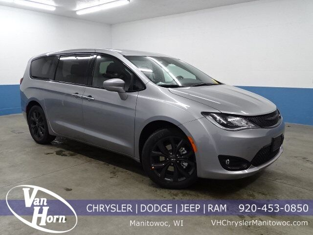 2020 Chrysler Pacifica TOURING Manitowoc WI