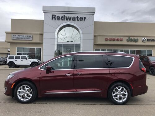 2020_Chrysler_Pacifica_Touring-L 35th Anniversary_ Redwater AB