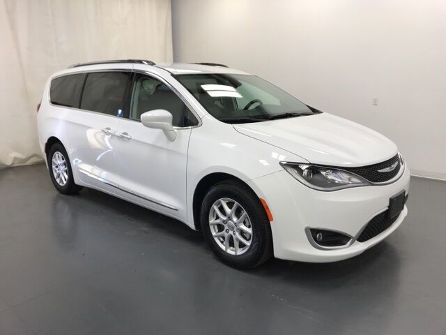 2020 Chrysler Pacifica Touring L Holland MI