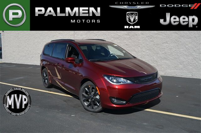 2020 Chrysler Pacifica Touring L Kenosha WI