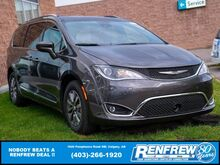 2020_Chrysler_Pacifica_Touring L Plus 35th Anniversary_ Calgary AB