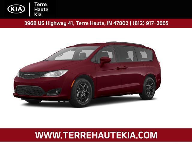 2020 Chrysler Pacifica Touring L Plus FWD Terre Haute IN