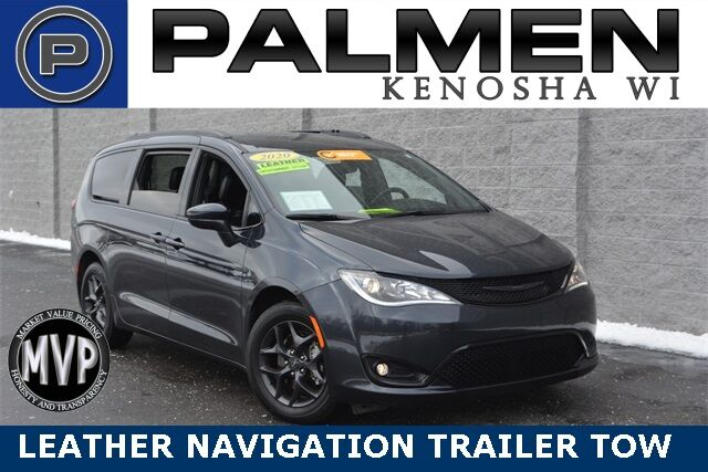 2020 Chrysler Pacifica Touring L Plus Kenosha WI