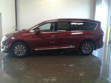 2020_Chrysler_Pacifica_Touring L Plus_ Viroqua WI