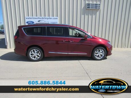 2020 Chrysler Pacifica Touring L Plus Watertown SD
