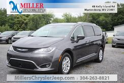2020_Chrysler_Pacifica_Touring L_ Martinsburg