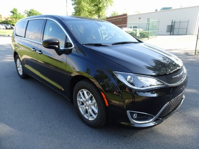 2020 Chrysler Pacifica Touring Raleigh NC