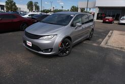 2020_Chrysler_Pacifica_Touring_ Weslaco TX