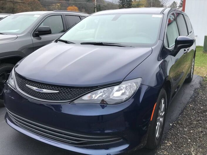 2020 Chrysler Voyager L Rock City NY