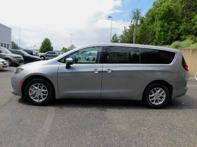 2020 Chrysler Voyager LX Knoxville TN
