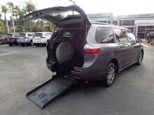 2020_FMI Toyota_Sienna_XLE w/ Power Rear Ramp + DVD_ Anaheim CA