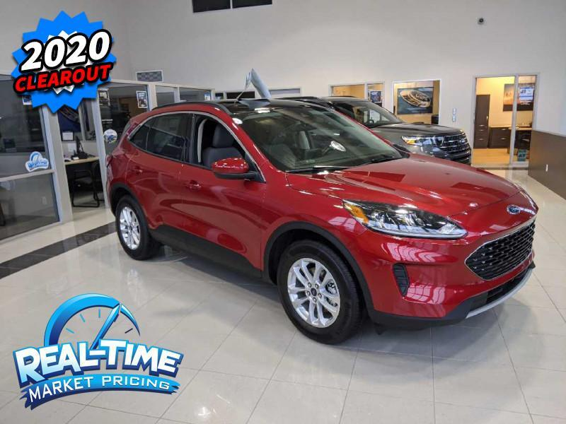 2020_Ford_Escape_SE 4WD_ High River AB