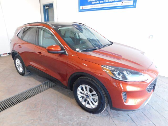 2020 Ford Escape SE SUNROOF AWD Listowel ON