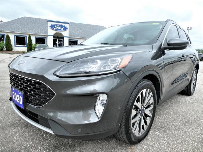 2020 Ford Escape Titanium Hybrid | Blind Spot Monitor | Navigation | Heated Seats Essex ON